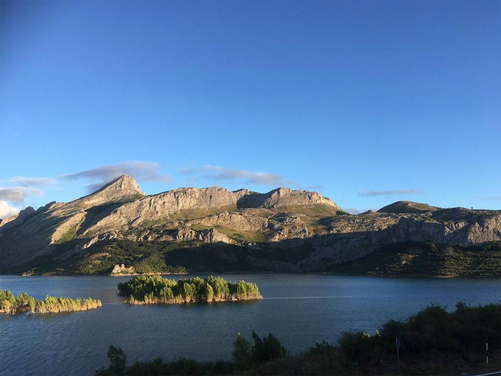 Lac de Riano en Espagne