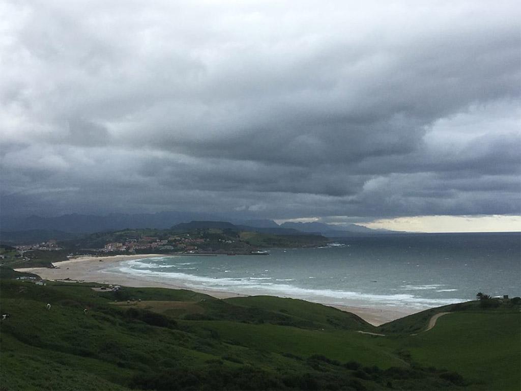 La plage de San Vincente de la Barquera