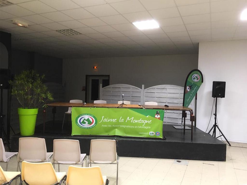 """Salle Polyvalente du Village-Vacances """"L'Arriu Mage"""" à Bielle"""